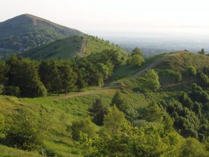 Malvern_Hills_in_June_2005